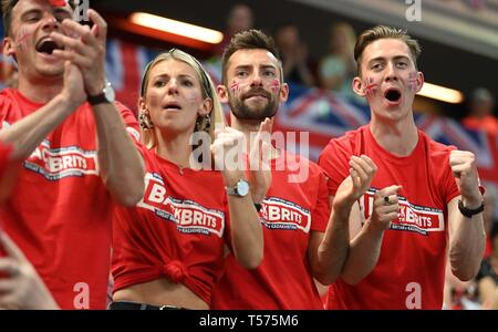 London, UK. 21st Apr 2019. British fans celebrate. Rubber 4. Great Britain v Kazakhstan. World group II play-off. BNP Parebas Fed Cup. Copper Box arena. Queen Elizabeth Olympic Park. Stratford. LondonUK. 21/04/2019. Credit: Sport In Pictures/Alamy Live News - Stock Photo
