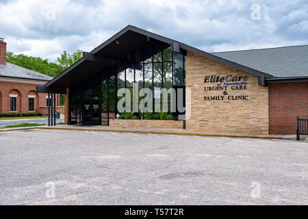 HOPE MILLS, NC - CIRCA April 2019 : Elite Care of Fayetteville Urgent Care Family Clinic - Stock Photo