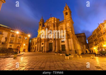 Piazza San Domenico, Palermo, Sicily, Italy - Stock Photo