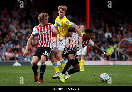 ba510ff2 Leeds United's Patrick Bamford battles for the ball with Brentford's Mads  Bech Sorensen (left)