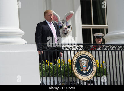 Washington DC, USA. 22nd Apr, 2019. President Donald Trump At the annual White House Easter egg hunt, thousands of families enjoy the activities on the South Lawn of the White House in Washington DC. President Donald J Trump and the First Lady Melania Trump join the festivities. April 22, 2019. Credit: Patsy Lynch/Media Punch/Alamy Live News - Stock Photo