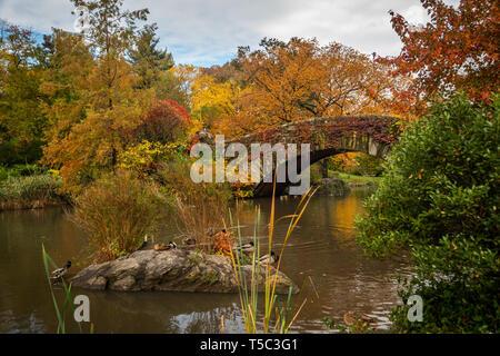 Gapstow Bridge, Central Park, in Autumn - Stock Photo