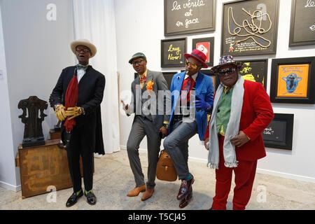 Paris, France. 3th April, 2019.Members of Sapology at Art Fair Art Paris. Credit: Veronique Phitoussi/Alamy Stock Photo - Stock Photo