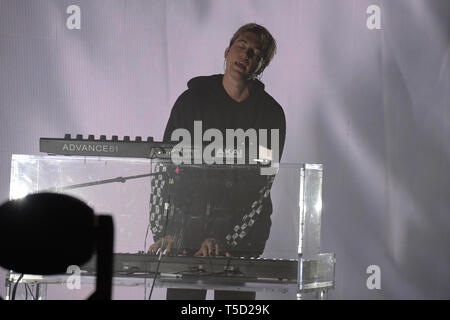 Miami Beach, FL, USA. 23rd Apr, 2019. Paul Jason Klein of LANY performs at the Fillmore on April 23, 2019 in Miami Beach, Florida. Credit: Mpi04/Media Punch/Alamy Live News