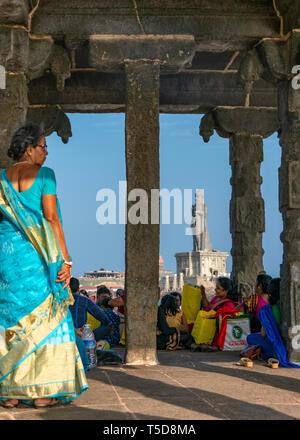 Vertical view of the Vivekananda rock memorial and Thiruvalluvar Statue in Kanyakumari, India. - Stock Photo