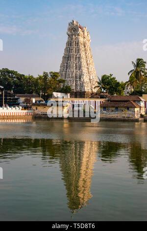 Vertical view of the Thanumalayan Temple in Kanyakumari, India. - Stock Photo