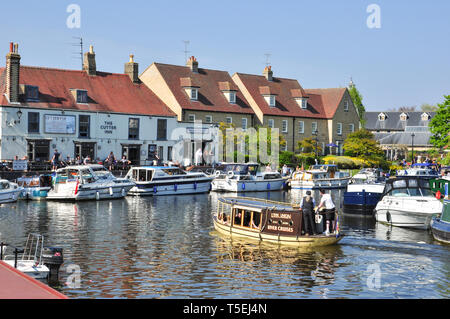 Boating on the  River Great Ouse, Ely, Cambridgeshire, England, UK - Stock Photo