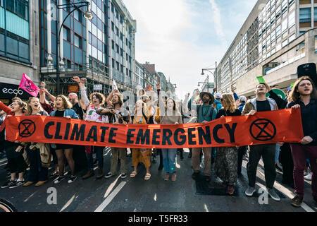 London, UK. 17th Apr, 2019. Extinction Rebellion demonstrators at Oxford Circus, London UK. Credit: Vladimir Morozov/akxmedia - Stock Photo