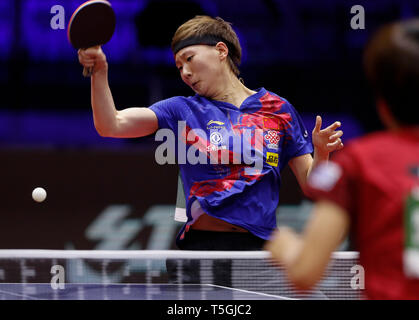 (190425) -- BUDAPEST, April 25, 2019 (Xinhua) -- Wang Manyu of China competes during the women's singles round of 16 match against Hitomi Sato of Japan at 2019 ITTF World Table Tennis Championships in Budapest, Hungary, April 24, 2019. (Xinhua/Han Yan) - Stock Photo
