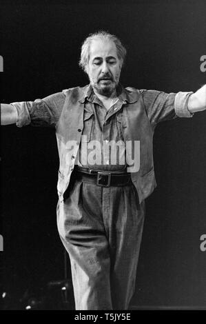 English actor Alfred Marks on stage at The Greenwich theatre in London, during rehearsals for the play Zorba, in November 1973. he played the part of Zorba. - Stock Photo