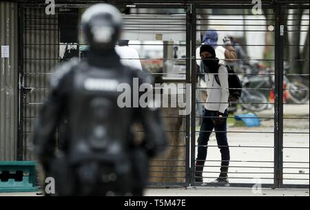 Bogota, Colombia. 25th Apr, 2019. Protesters participate in a national strike, in Bogota, Colombia, 25 April 2019, against the economic and social policies of President Ivan Duque. Credit: Mauricio Duenas Castaneda/EFE/Alamy Live News - Stock Photo