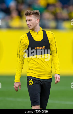 Fußball: 1. Bundesliga, Saison 2018/2019, Training von Borussia Dortmund am 25.04.2019 in Dortmund (Nordrhein-Westfalen).   Dortmunds Marco Reus - Stock Photo