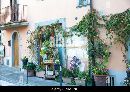 Closed restaurant in Panzano town centre,Chianti region,Tuscany,Italy - Stock Photo