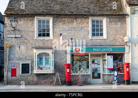 The post office in Lechlade on a spring morning. Lechlade on Thames, Cotswolds, Gloucestershire, UK - Stock Photo