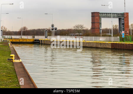 modern ship lock Waltrop germany - Stock Photo