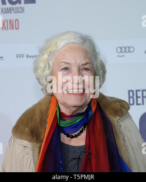 The actress Ellen Schwiers arrives on 26.02.2013 for the premiere of the movie '3096 days' at the Mathaser Filmpalast in Munich (Bavaria). Schwiers plays Natascha's grandmother. The film about the fate of Natascha Kampusch will be released on cinemas on February 28, 2013. Photo: Ursula Duren / dpa | usage worldwide - Stock Photo