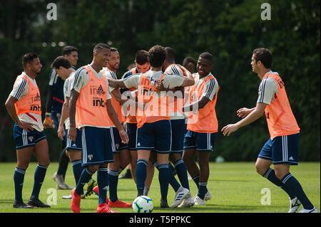 SÃO PAULO, SP - 26.04.2019: TREINO DO SPFC - Players during training at São Paulo Futebol Clube held at CCT Barra Funda, in the West Zone of São Paulo. (Photo: Maurício Rummens/Fotoarena) - Stock Photo