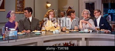 COMMENT EPOUSER UN MILLIONNAIRE HOW TO MARRY A MILLIONAIRE 1953 de Jean Negulesco Betty Grable Rory Calhoun Lauren Bacall Cameron Mitchell Marilyn Mon - Stock Photo