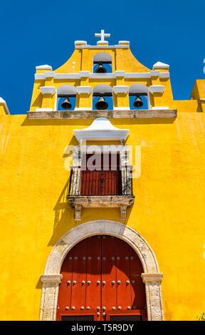 Iglesia del Dulce Nombre de Jesus in San Francisco de Campeche, Mexico - Stock Photo
