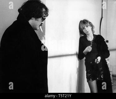 LA SALAMANDRE 1971 de Alain Tanner Jacques Denis Bulle Ogier. Prod DB © Filmograph S.A. - Forum Films - Svocine / DR - Stock Photo