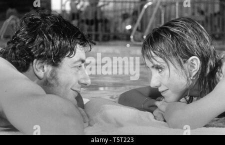 LA SALAMANDRE 1971 de Alain Tanner Dominique Catton Bulle Ogier. Prod DB © Filmograph S.A. - Forum Films - Svocine / DR - Stock Photo
