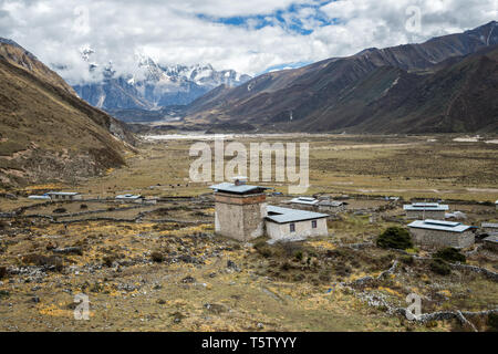 Dzong and Chozo valley, Lunana Gewog, Gasa District, Snowman Trek, Bhutan - Stock Photo