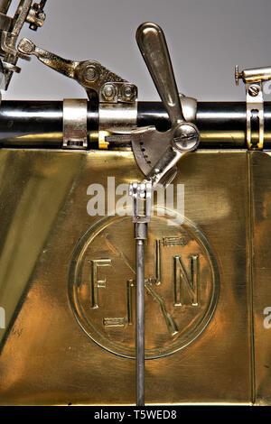 Moto d'epoca FN Quattro Cilindri  fabbrica: FN modello: quattro cilindri  fabbricata in: Belgio - Herstal anno di costruzione: 1905 condiz Stock Photo
