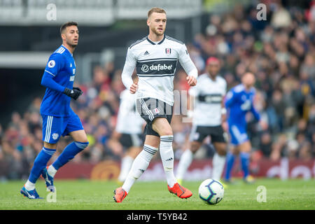 Craven Cottage, London, England, UK. 27th April 2019. Calum Chambers of Fulham during the Premier League match between Fulham and Cardiff City at Craven Cottage, London, England on 27 April 2019. Photo by Salvio Calabrese.  Editorial use only, license required for commercial use. No use in betting, games or a single club/league/player publications. - Stock Photo