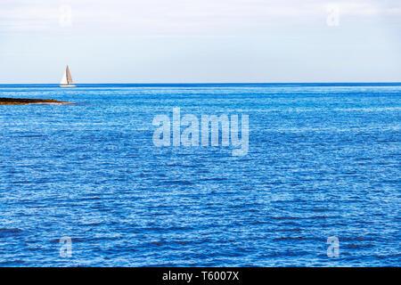 Tourist cruise boat and yachts in Marsamxett Harbour Malta ...