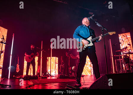 Manchester, UK. 28th April 2019. Tom Walker performing at the sold out Manchester Academyn his UK tour, manchesterl 28/04/2019 - Stock Photo