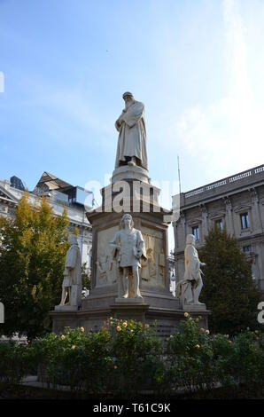 Leonardo Da Vinci statue in Milan, Italy - Stock Photo