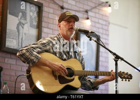 Indianapolis, Indiana, UK. 27th Apr, 2019. Country music star Darryl Worley performs during the third day of the National Rifle Association convention. Credit: Jeremy Hogan/SOPA Images/ZUMA Wire/Alamy Live News - Stock Photo