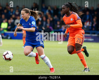 London, UK. 28th Apr, 2019. London, United Kingdom - 28 April: Chelsea Ladies Fran Kirby during Women's Champions League Semi-Final 2nd Leg between Chelsea FC Women and Lyon FŽminines at The Cherry Red Records stadium, Kingsmeadow, England on 28 Apr 2019. Credit: Action Foto Sport/Alamy Live News - Stock Photo