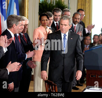 ***FILE PHOTO*** Former Senator Richard Lugar Has Passed Away. Washington, DC - August 2, 2005 -- United States President George W. Bush prepares to sign the Central America Free Trade Agreement (CAFTA) after making remarks during a ceremony in the East Room of the White House in Washington, DC on August 2, 2005. The agreement, between the United States and Costa Rica, El Salvador, Guatemala, Honduras, Nicaragua and the Dominican Republic, removes trade barriers and opens up the region to American goods and services. It also moves to facilitate investment in the area and strengthens prot - Stock Photo