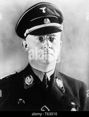 1930s 1940s PORTRAIT HEINRICH HIMMLER COMMANDER OF GERMAN NAZI SS  - q72083 CPC001 HARS MID-ADULT MID-ADULT MAN SS SUICIDE BLACK AND WHITE CAUCASIAN ETHNICITY OLD FASHIONED - Stock Photo