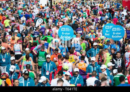 London, UK. 28th April 2019 Virgin Money London Marathon. Credit: A.Bennett - Stock Photo