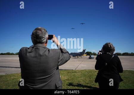 (190429) -- WASHINGTON D.C., April 29, 2019 (Xinhua) -- U.S. Air Force planes are seen in the sky during a memorial service at the Joint Base San Antonio-Randolph, Texas, the United States, April 18, 2019. Seventy-nine silver goblets have been symbolically turned upside down, leaving only one, engraved with the name Richard E. Cole, standing upright. All shine behind show windows in the largest military museum in the world as a silent homage commemorating 80 heroic Doolittle Raiders who launched America's first airstrike on Tokyo during WWII. TO GO WITH Feature: Untold story should be told as - Stock Photo