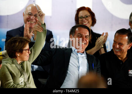 Ribeir o Preto, Sao Paulo state, Brazil. 29th Apr 2019. SP - Ribeirao Preto - 04/29/2019 - Bolsonaro opens AgriShow - President Bolsonaro opens Agrishow - international agricultural technology fair held in Ribeir o Preto, Sao Paulo state, Brazil. considered the second largest fair of its kind in the world and the largest in Latin America. The first edition took place on May 4, 1994. Photo: Thiago Calil / AGIF Credit: AGIF/Alamy Live News - Stock Photo