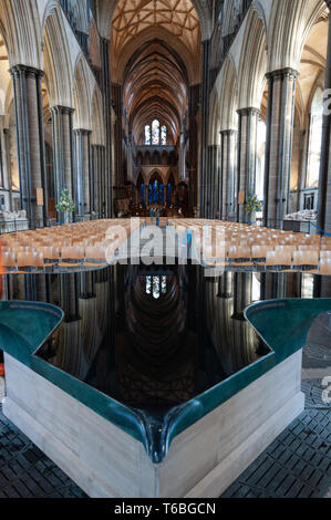 Interior view of the Cathedral Church of the Blessed Virgin Mary with the baptismal font, Salisbury, Wiltshire, England, UK Stock Photo