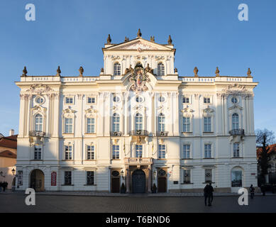 Tourists queue in front of the Prague Castle - Stock Photo