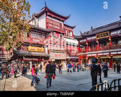 29 November 2018: Shanghai, China - Square the Old Town shopping area, a major visitor attraction. - Stock Photo