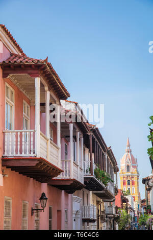 Colombia, Caribbean coast, Cartagena, view of colonial buildings in the old city centre looking along Calle del Landrinal to the Cathedral - Stock Photo