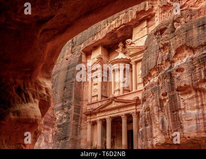 The Treasury, Al-Khazneh, Petra, Ma'an Governorate, Jordan - Stock Photo