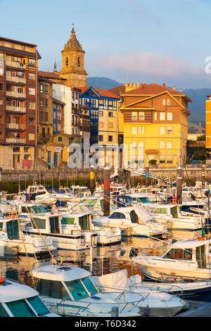Spain, Vizcaya Province, Basque Country, Bermeo, boats moored in harbour