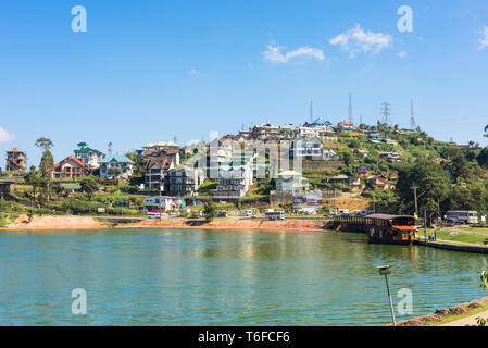 Lake Gregory in the mountains of Sri Lanka - Stock Photo