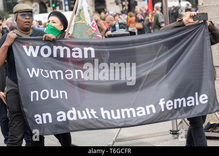 London, UK. 1st May 2019. May Day Labour rally and March with Trade Unions and international organsiations celebrating Labour Day in Trafalgar Square Credit: Ian Davidson/Alamy Live News - Stock Photo
