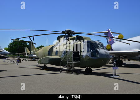 Sikorsky S-61R - Stock Photo