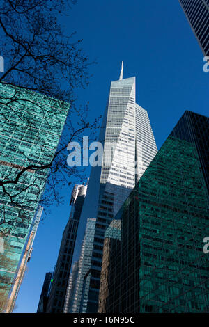 Buildings at Bryant Park, including the Bank of America Tower (aka One Bryant Park). Midtown Manhattan, New York City, USA. - Stock Photo