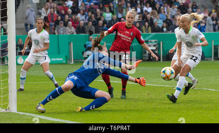 Cologne, Germany May1 2019, women football cup final, VFL Wolfsburg vs SC Freiburg: Torhueterin Lena Nuding (Freiburg), Virginia Kirchberger (Freiburg - Stock Photo