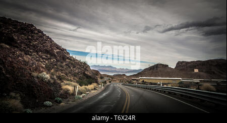 views at lake mead nevada near hoover dam - Stock Photo